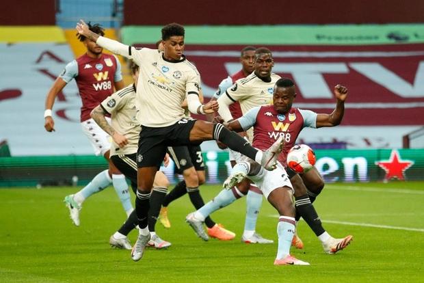 Manchester United 3-0 Aston Villa: Pogba nổ súng, sao trẻ Greenwood thăng hoa, Quỷ đỏ nâng chuỗi bất bại lên con số 17 - Ảnh 1.