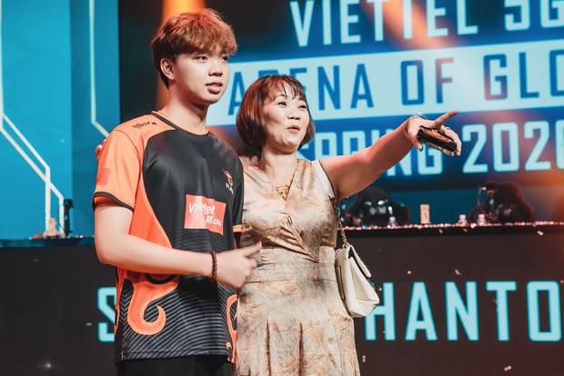 Kim Chung Phan lên tiếng sau khi bị chỉ trích khiến ADC mất phong độ, mẹ ADC bình luận: Nhà không thiếu tiền, Chiến vui là được! - Ảnh 6.