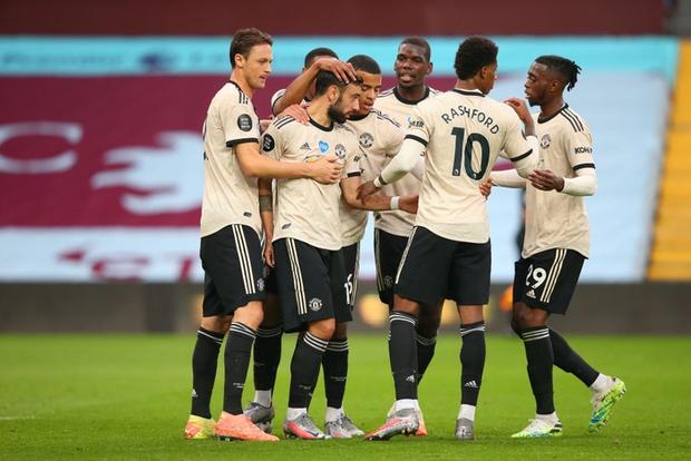 Manchester United 3-0 Aston Villa: Pogba nổ súng, sao trẻ Greenwood thăng hoa, Quỷ đỏ nâng chuỗi bất bại lên con số 17 - Ảnh 3.