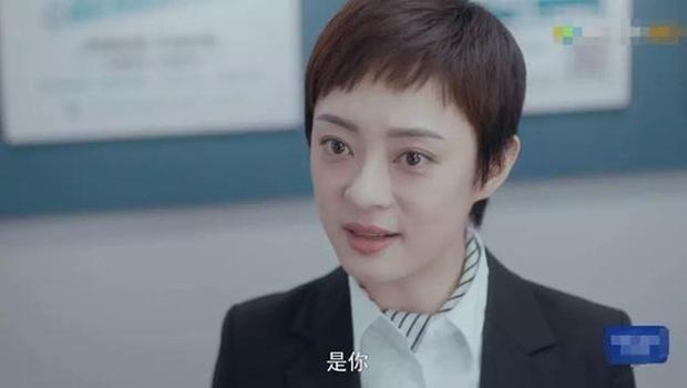 Tôn Lệ đụng độ Dương Siêu Việt ở phim mới, dân mạng mở tiệc ăn mừng vì chị đẹp cuối cùng cũng nuôi lại tóc dài - Ảnh 2.