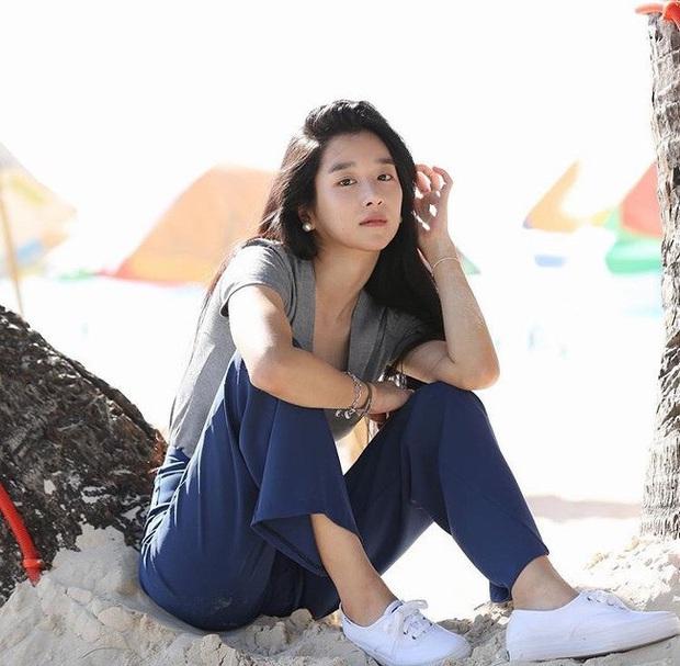 Ảnh mỹ nhân Điên thì có sao Seo Ye Ji du lịch Boracay hot trở lại: Mặt mộc, xuề xòa mà xinh muốn ngất, nóng nhất là body - Ảnh 4.