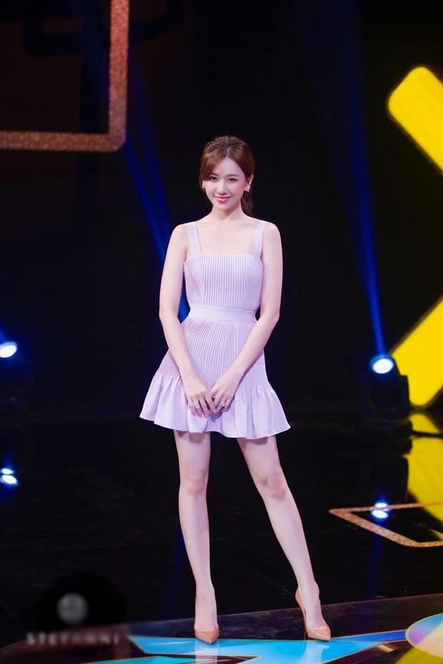 Hari Won đích thị là sao nữ có cân nặng trồi sụt nhất showbiz, lâu ngày nhìn lại thấy body thon gọn bất ngờ - Ảnh 2.