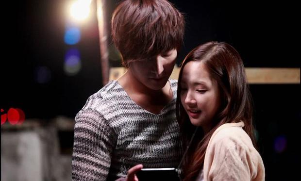 Tình sử Lee Min Ho - Kim Go Eun trước khi bén duyên: Nàng chỉ thích các chú, nhìn dàn tình cũ quyền lực của chàng mà choáng - Ảnh 9.