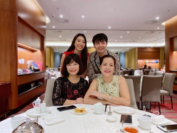 Thúy Vân khoe hậu trường chụp ảnh cưới: Diện váy cô dâu cực xinh, chăm ông xã chu đáo trước thềm hôn lễ - Ảnh 6.