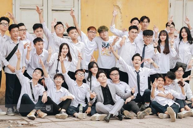 Xuất hiện ngôi trường đánh bại Phan Đình Phùng, Ams, Chu Văn An... vì dàn nữ sinh quá xuất sắc trong lễ bế giảng 2020 - Ảnh 6.