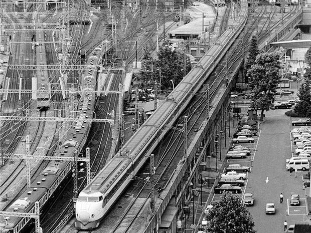 Cùng nhìn lại lịch sử hoạt động của tàu siêu tốc Shinkansen, niềm tự hào Nhật Bản với phiên bản mới nhất có thể chạy ngon ơ ngay cả khi động đất - Ảnh 1.