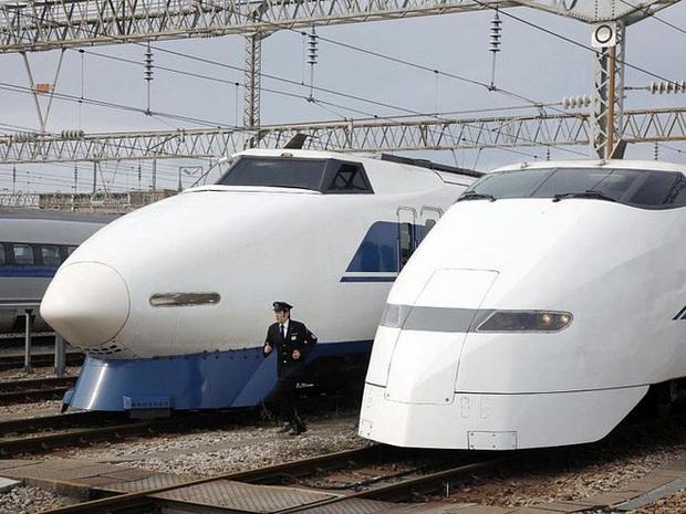 Cùng nhìn lại lịch sử hoạt động của tàu siêu tốc Shinkansen, niềm tự hào Nhật Bản với phiên bản mới nhất có thể chạy ngon ơ ngay cả khi động đất - Ảnh 22.