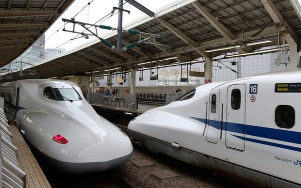 Cùng nhìn lại lịch sử hoạt động của tàu siêu tốc Shinkansen, niềm tự hào Nhật Bản với phiên bản mới nhất có thể chạy ngon ơ ngay cả khi động đất - Ảnh 28.