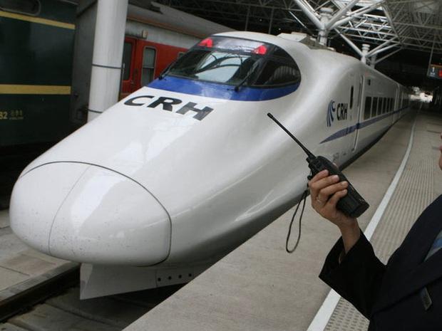 Cùng nhìn lại lịch sử hoạt động của tàu siêu tốc Shinkansen, niềm tự hào Nhật Bản với phiên bản mới nhất có thể chạy ngon ơ ngay cả khi động đất - Ảnh 29.