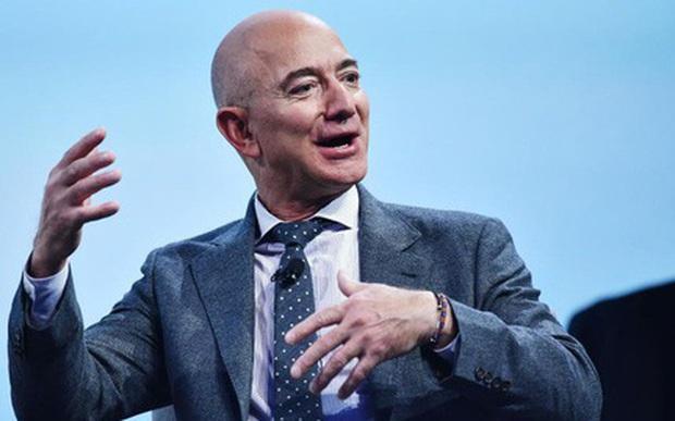 Nếu phải đưa ra quyết định quan trọng, hãy nghe theo Jeff Bezos: 'Đừng làm theo lý trí' - Ảnh 1.