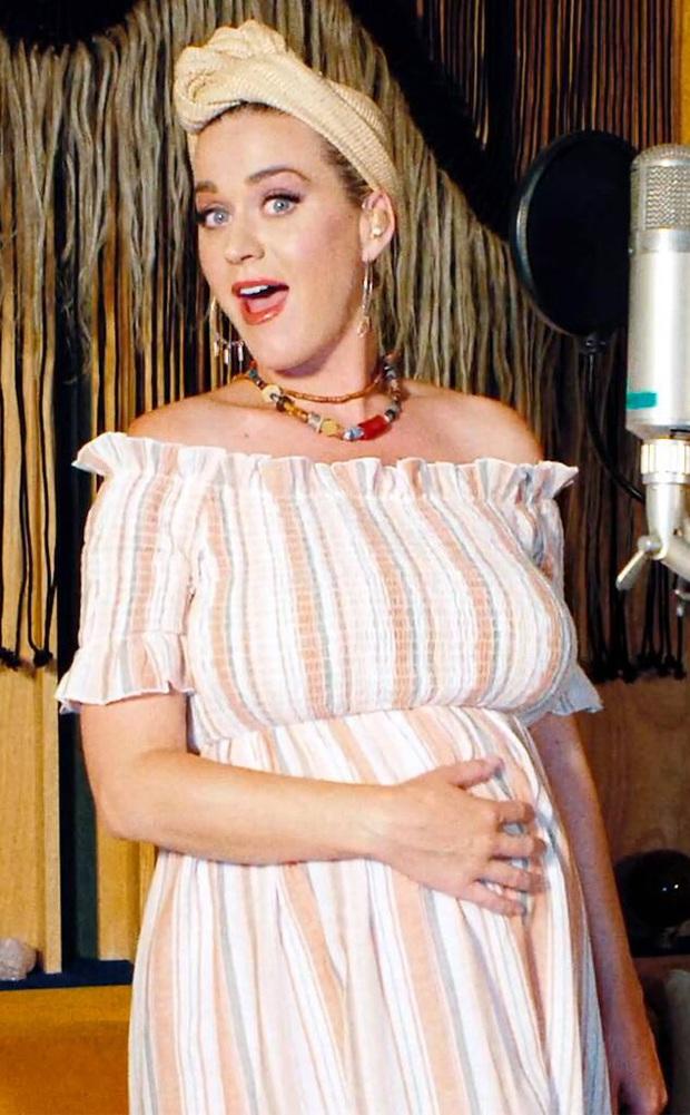 Thì thầm Hollywood: Miley Cyrus có thai sau 5 tháng ly hôn, Shawn - Camila Cabello bí mật đính hôn và loạt tin đồn chấn động - Ảnh 10.