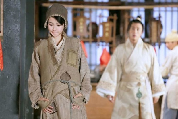 Khi sao Cbiz thử sức với tạo hình cái bang: Angela Baby vẫn siêu xinh, Lưu Hạo Nhiên - Trần Phi Vũ thì ba má nhận không ra - Ảnh 10.