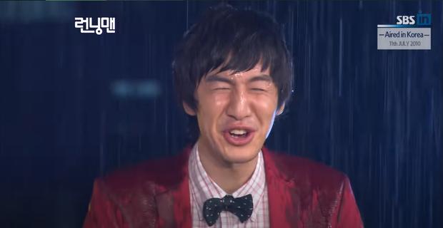 Dàn cast Running Man đời đầu sau 10 năm: Lee Kwang Soo thăng hạng, Song Joong Ki ồn ào chuyện hôn nhân - Ảnh 10.
