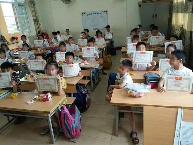 Chánh văn Hoàng Anh Tú nói về cậu bé duy nhất trong lớp không có giấy khen: Phải thừa nhận rằng con chúng ta đang dốt nhất lớp, lười nhất lớp - Ảnh 1.