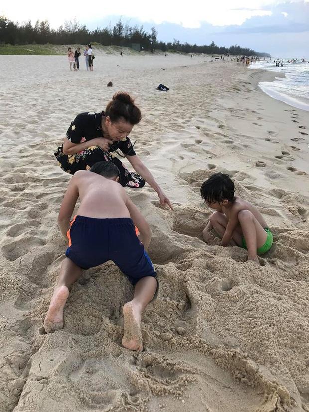 Hà Hồ vừa thể hiện tình cảm với mẹ chồng, Kim Lý liền ra dáng con rể khi về ra mắt nhà vợ ngay và luôn! - Ảnh 5.