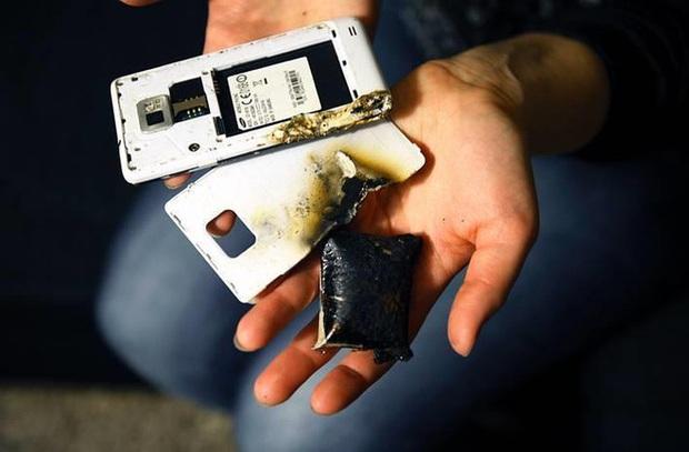 Quên tháo sạc thiết bị di động khỏi ổ điện có nguy hiểm không? - Ảnh 4.