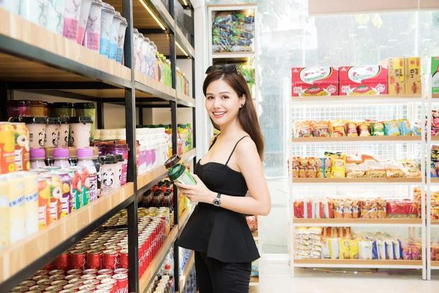 Phanh Lee khoe lười skincare mà da lại đẹp hơn, dân tình đoán chắc chồng tổng giám đốc chăm khéo quá mà  - Ảnh 4.