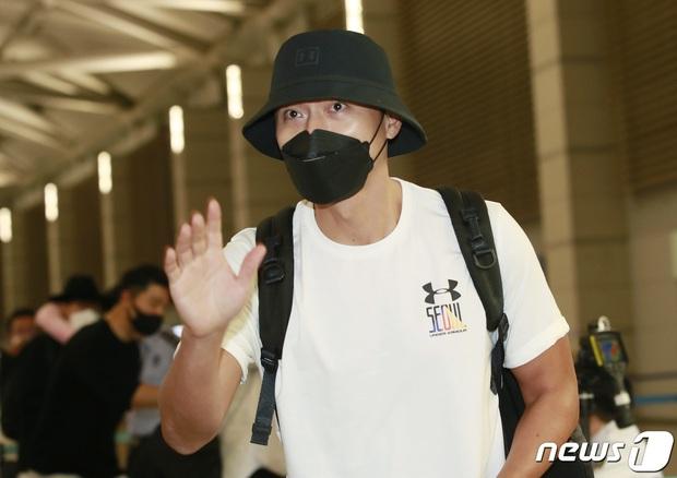 Hyun Bin lần đầu chính thức lộ diện sau tin đồn tái hợp với Song Hye Kyo, ngoại hình thay đổi rõ ràng - Ảnh 4.