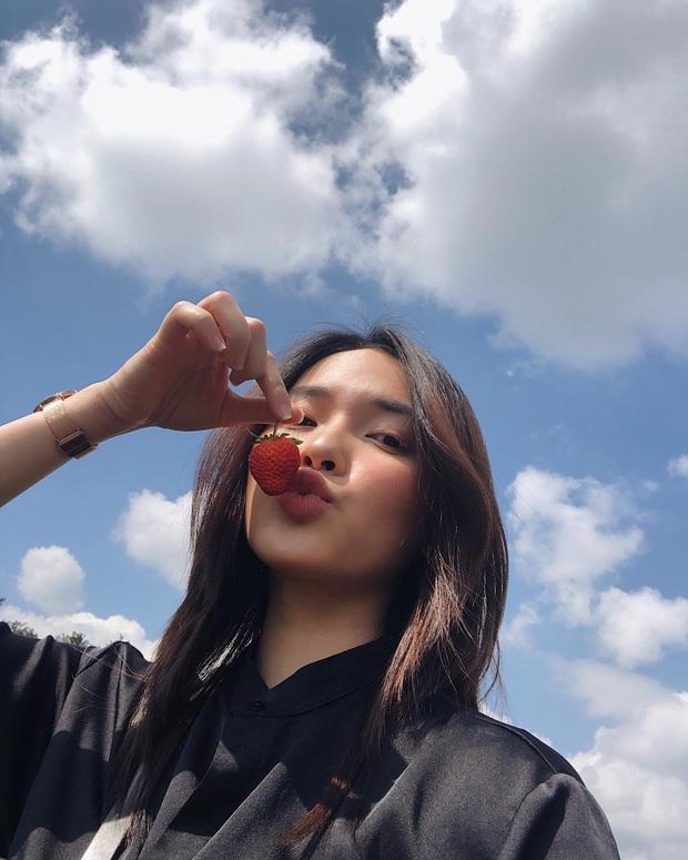 Ứng cử viên sáng giá của Hoa Hậu Việt Nam 2020 từng là hot girl cổ vũ World Cup, mẫu ảnh có tiếng ở Hà Nội - Ảnh 9.