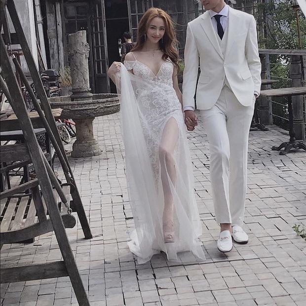 Đám cưới idol nhà SM hot nhất hôm nay: SNSD và DBSK đổ bộ, Suju - Red Velvet và cả dàn idol Gen 3 gửi video chúc mừng - Ảnh 1.