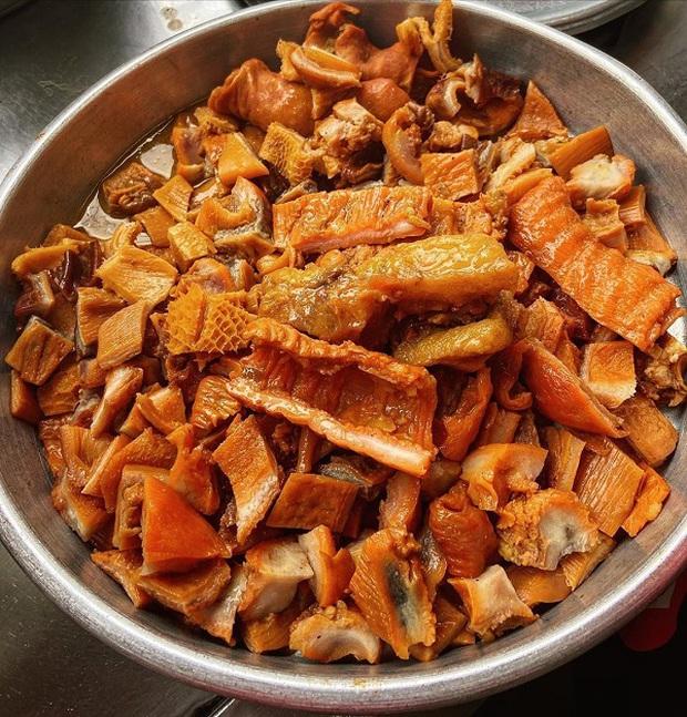 Những món ăn làm từ nội tạng động vật kỳ dị nhất thế giới, mới nghe tên đã thấy sợ nhưng lại được xem là đặc sản - Ảnh 3.