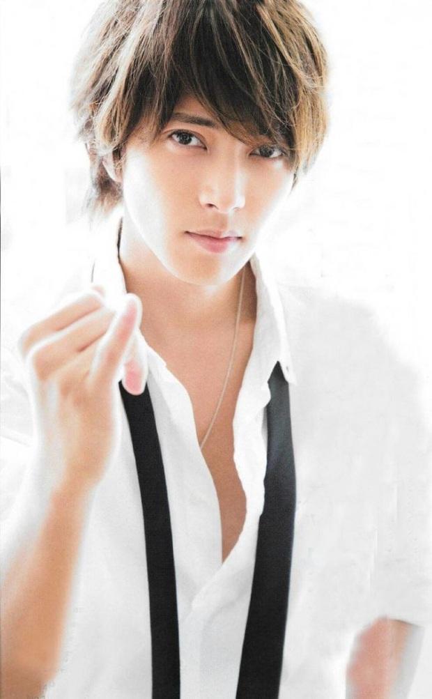 Top 10 mỹ nam hàng đầu Nhật Bản: Chồng nguyên mẫu Ran Mori chỉ xếp thứ 3, nhường chỗ 2 nam thần sở hữu vẻ đẹp phi giới tính - Ảnh 45.
