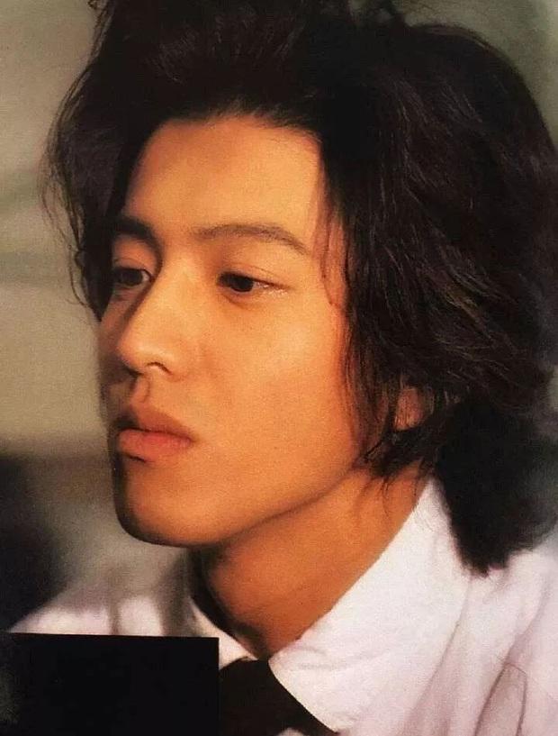 Top 10 mỹ nam hàng đầu Nhật Bản: Chồng nguyên mẫu Ran Mori chỉ xếp thứ 3, nhường chỗ 2 nam thần sở hữu vẻ đẹp phi giới tính - Ảnh 13.