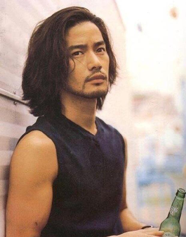 Top 10 mỹ nam hàng đầu Nhật Bản: Chồng nguyên mẫu Ran Mori chỉ xếp thứ 3, nhường chỗ 2 nam thần sở hữu vẻ đẹp phi giới tính - Ảnh 26.