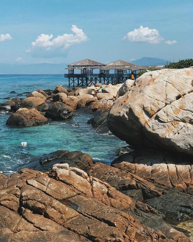 Những thiên đường biển đảo đẹp nhất Nha Trang hiện nay mà du khách không thể bỏ lỡ, nhiều nơi còn được sao Việt check-in liên tục - Ảnh 17.