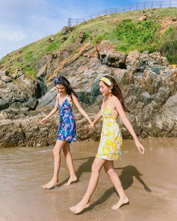 """10 mẫu váy diện đi biển xinh ngất ngây, nhiều bộ không kén dáng nàng nào cũng """"cân"""" dễ dàng - Ảnh 5."""