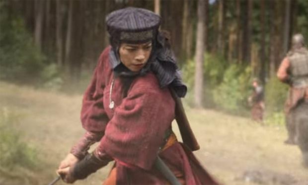 The Old Guard của Ngô Thanh Vân và Charlize Theron: Chuyện bất tử gãy gọn sâu cay nhưng vẫn lấn cấn sạn - Ảnh 5.