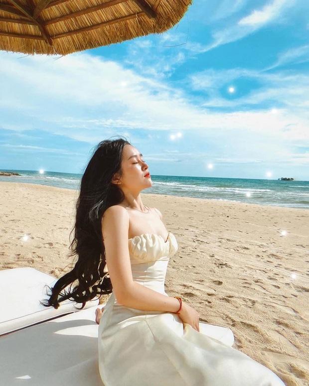 """10 mẫu váy diện đi biển xinh ngất ngây, nhiều bộ không kén dáng nàng nào cũng """"cân"""" dễ dàng - Ảnh 3."""