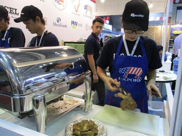 Giá thịt heo Việt Nam cao gấp 5 lần ở Mỹ  - Ảnh 1.