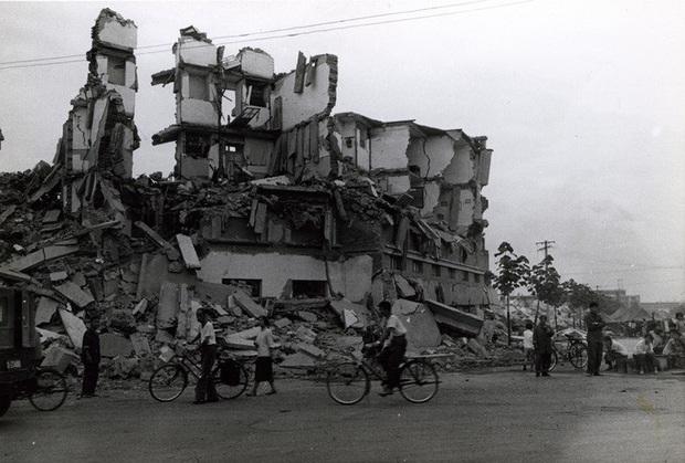 Chuyện lạ: Động đất kinh hoàng ở Trung Quốc, sau 44 năm vẫn còn dư chấn  - Ảnh 1.