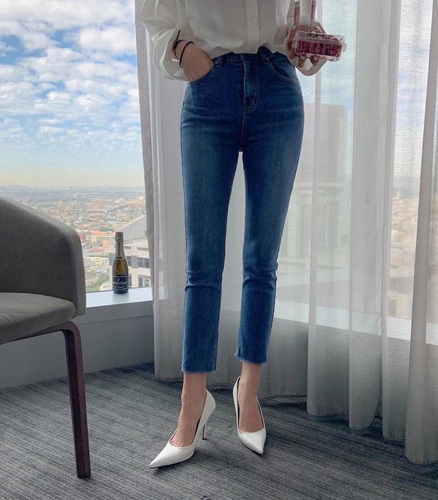 Diện quần skinny jeans, chị em cứ mix với 4 mẫu giày dép sau là sành điệu và siêu tôn dáng - Ảnh 16.