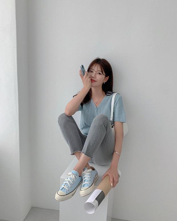 Diện quần skinny jeans, chị em cứ mix với 4 mẫu giày dép sau là sành điệu và siêu tôn dáng - Ảnh 3.