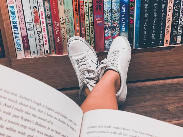 Đọc nhiều không bằng đọc chất lượng: Quan trọng là sau khi gấp sách bạn ngấm được gì, đừng lãng phí thời gian chỉ vì mọi người cho là nó đáng đọc - Ảnh 3.