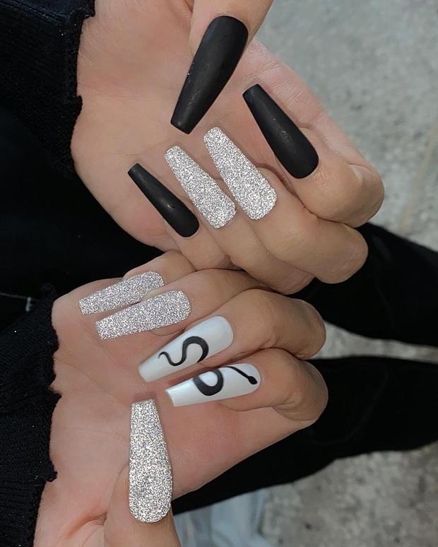 Loạt mẫu nail của Lisa quá xịn, dự là sẽ thành hot trend, các tiệm nail sắp copy rần rần - Ảnh 2.
