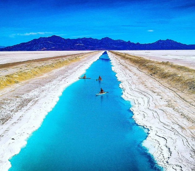 """Địa điểm nơi Vũ Khắc Tiệp """"mượn ảnh"""" để đăng lên Instagram: Hồ muối """"ảo diệu"""" nhất nước Mỹ, khách du lịch check-in nườm nượp - Ảnh 13."""