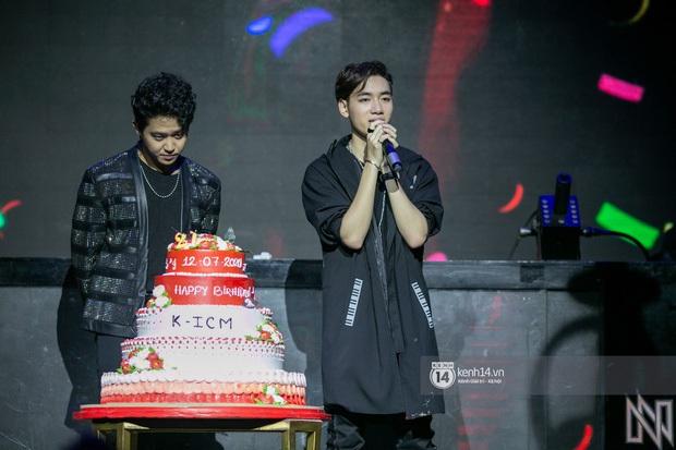 Ngay trong mini concert mừng sinh nhật, K-ICM bật khóc vì áp lực trước hàng loạt bình luận tiêu cực của anti -fan - Ảnh 4.