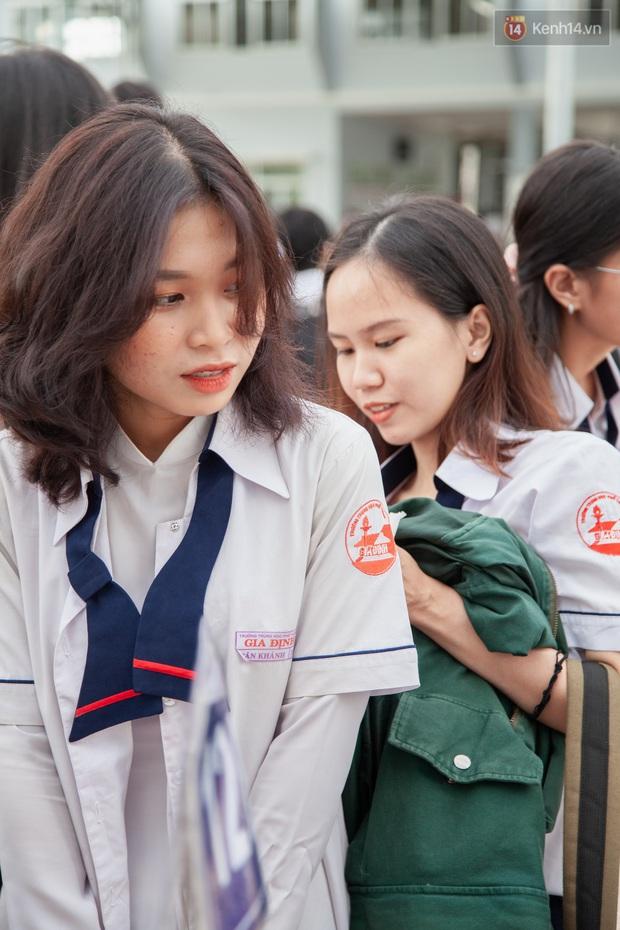Lễ bế giảng của ngôi trường 60 năm tuổi ở Sài Gòn: Dàn nữ sinh khiến người khác ngẩn ngơ mê mẩn - Ảnh 11.