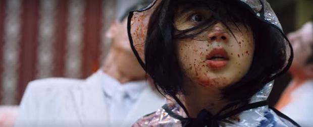 """The Maid: """"Bữa tiệc máu"""" điên loạn hơn cả Parasite nhưng cảnh hù doạ chán muốn ngủ gục - Ảnh 13."""