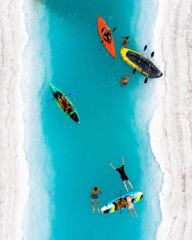 """Địa điểm nơi Vũ Khắc Tiệp """"mượn ảnh"""" để đăng lên Instagram: Hồ muối """"ảo diệu"""" nhất nước Mỹ, khách du lịch check-in nườm nượp - Ảnh 11."""
