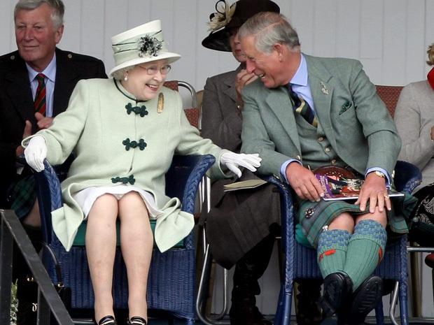 Xôn xao tin Nữ hoàng Anh sẽ sớm thoái vị: Dành cả đời để phụng sự đất nước, liệu bà đã thật sự sẵn sàng để nhường ngôi? - Ảnh 3.