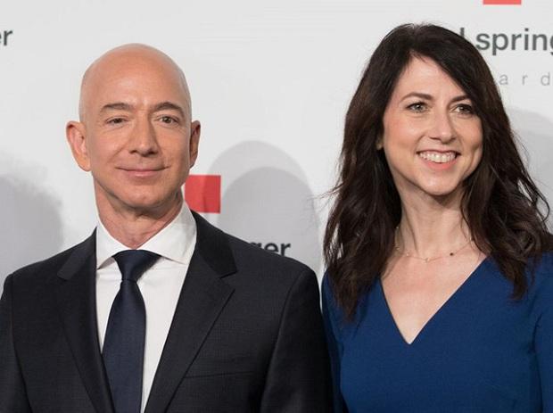 Tài sản tăng hơn 26 tỷ USD kể từ khi ly hôn, vợ cũ của ông chủ Amazon là người phụ nữ giàu nhất nước Mỹ - Ảnh 1.