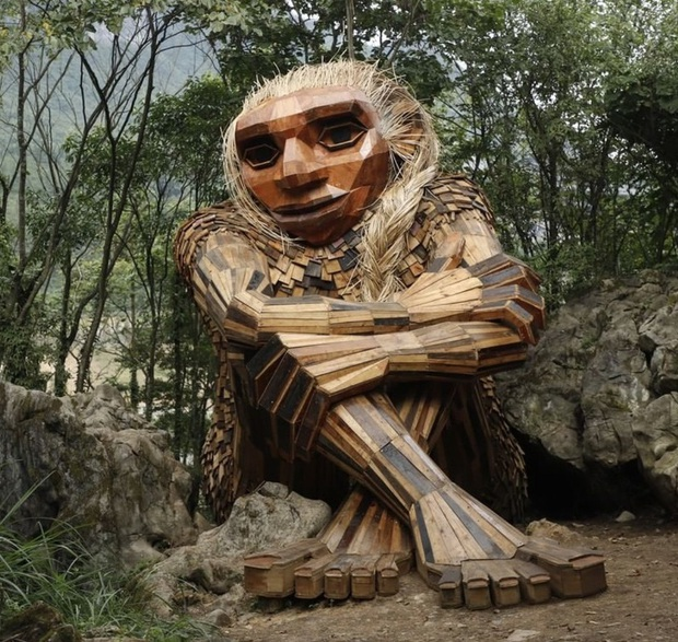Cùng là những bức tượng khổng lồ, khu vui chơi ở Đà Lạt bị chê tơi tả còn công viên này lại khiến thế giới phải lác mắt vì quá nghệ - Ảnh 18.