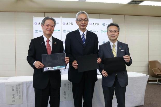 Huyền thoại ngành pin người Nhật phát minh pin polymer mới, an toàn và rẻ hơn 90%, sẽ sản xuất hàng loạt trong đầu năm tới - Ảnh 3.