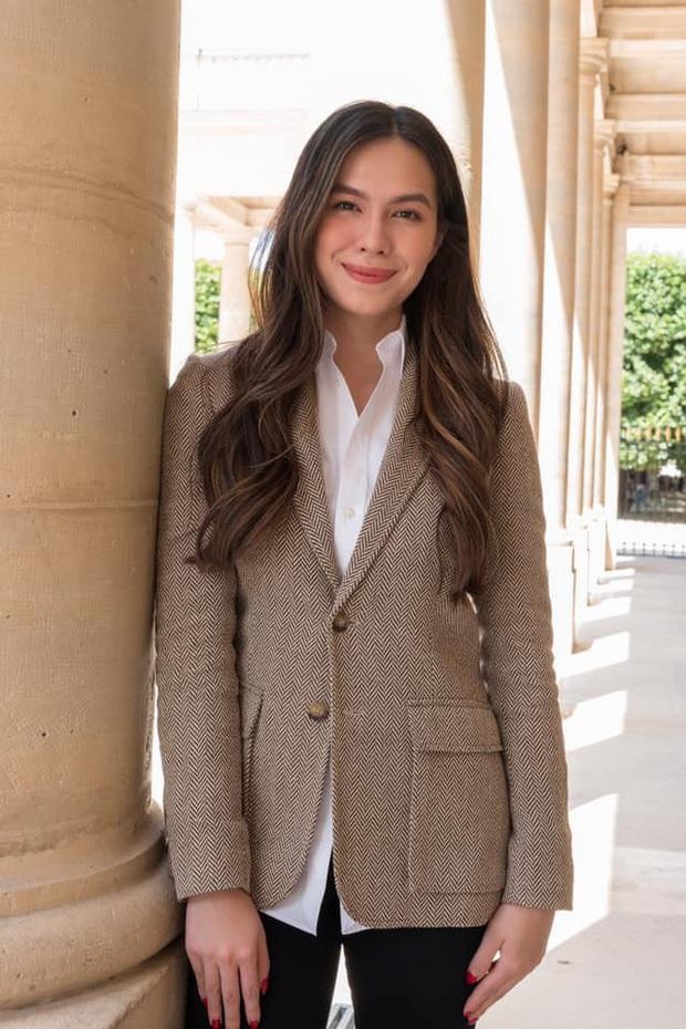 5 tiểu thư nức tiếng nhà sao Việt: Con gái Diễm My 6X thạo 4 thứ tiếng, con Quyền Linh - Giáng My tiềm năng thành hoa hậu - Ảnh 2.