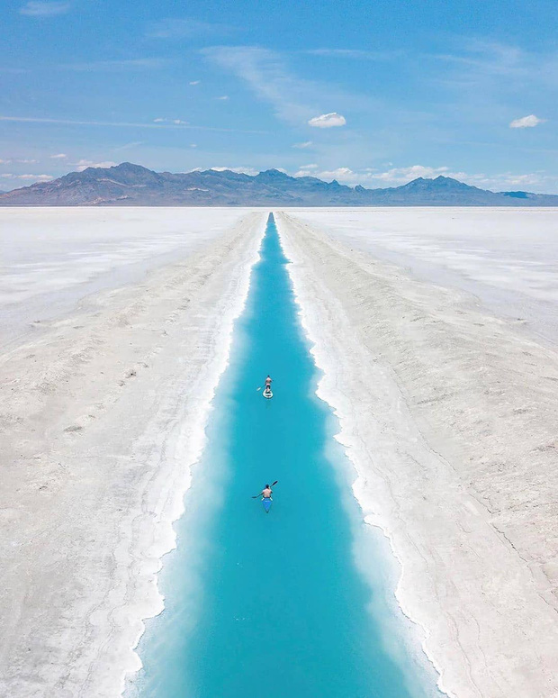 """Địa điểm nơi Vũ Khắc Tiệp """"mượn ảnh"""" để đăng lên Instagram: Hồ muối """"ảo diệu"""" nhất nước Mỹ, khách du lịch check-in nườm nượp - Ảnh 3."""