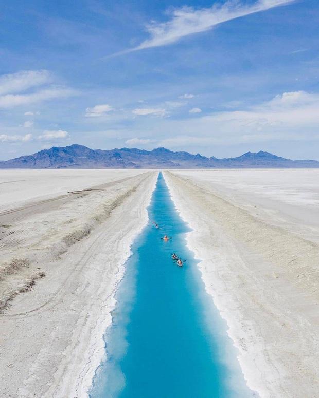 """Địa điểm nơi Vũ Khắc Tiệp """"mượn ảnh"""" để đăng lên Instagram: Hồ muối """"ảo diệu"""" nhất nước Mỹ, khách du lịch check-in nườm nượp - Ảnh 8."""